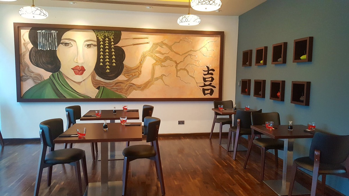 INVITED REVIEW: Have a Sushi in SushiSan - Holiday Inn Abu Dhabi  (Embassies District)